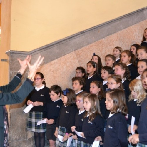 La Escolanía del Colegio CEU Sevilla participará el viernes en la Muestra de la Misericordia