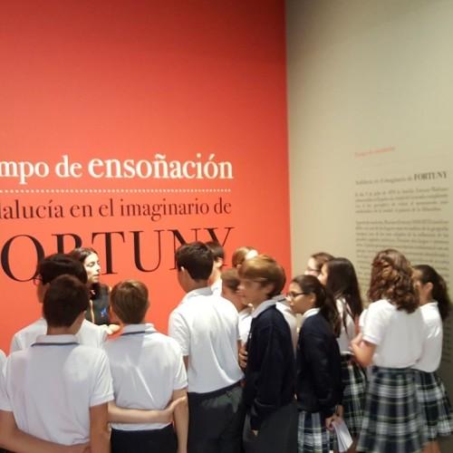 Los alumnos del Colegio CEU Sevilla visitan las exposiciones de Sorolla y Fortuny en Caixa Forum