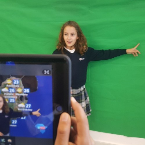 Alumnos del Colegio CEU Sevilla, meteorólogos por un día