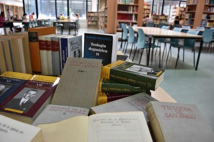 donacion-biblioteca-8