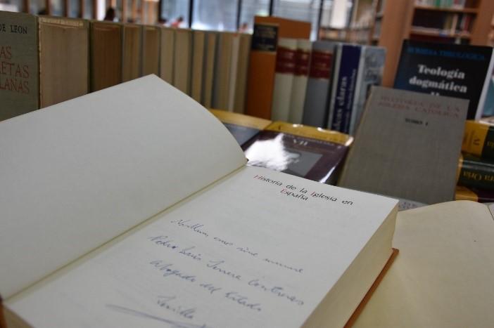 donacion-biblioteca-9