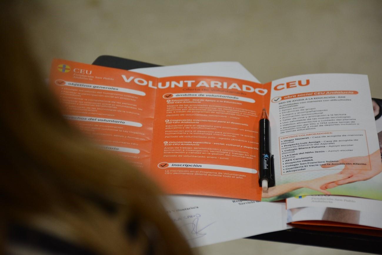 dia-voluntariado-ceu