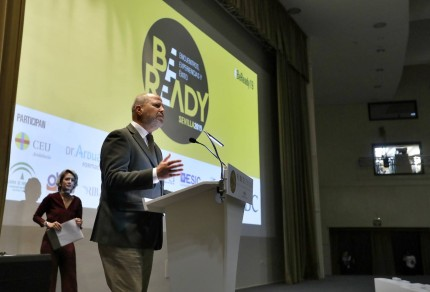 SEVILLA. 11.12.19. Jornada Be Ready en FIBES organizada por ABC de Sevilla . FOTO: J.M.SERRANO. archsev. Javier Imbroda