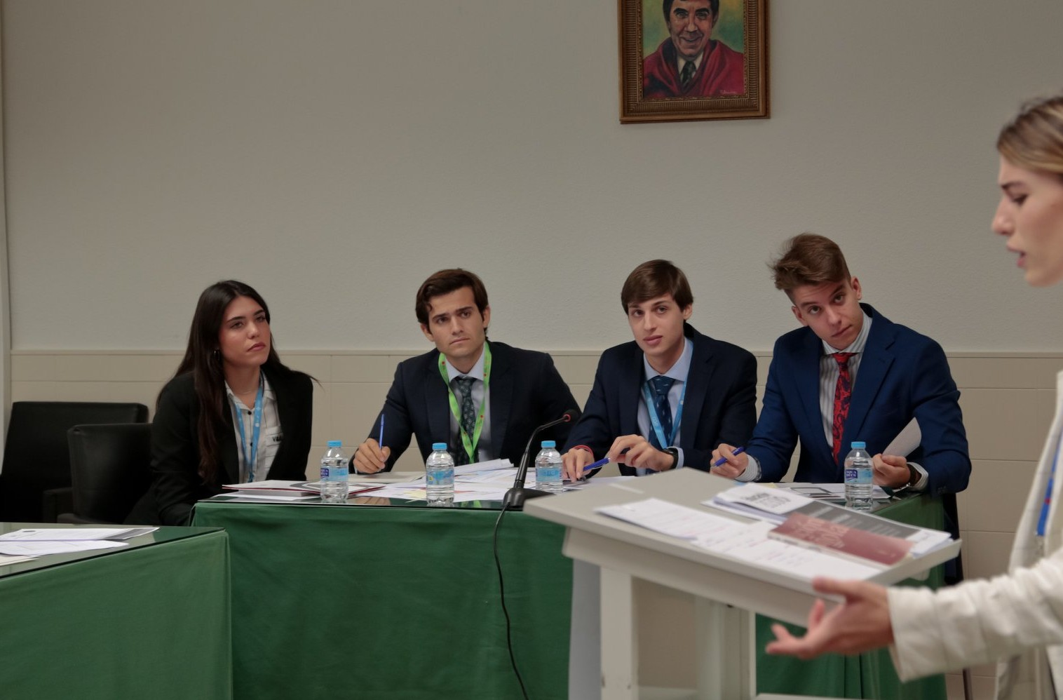 torneo-debate-ceu-sesion