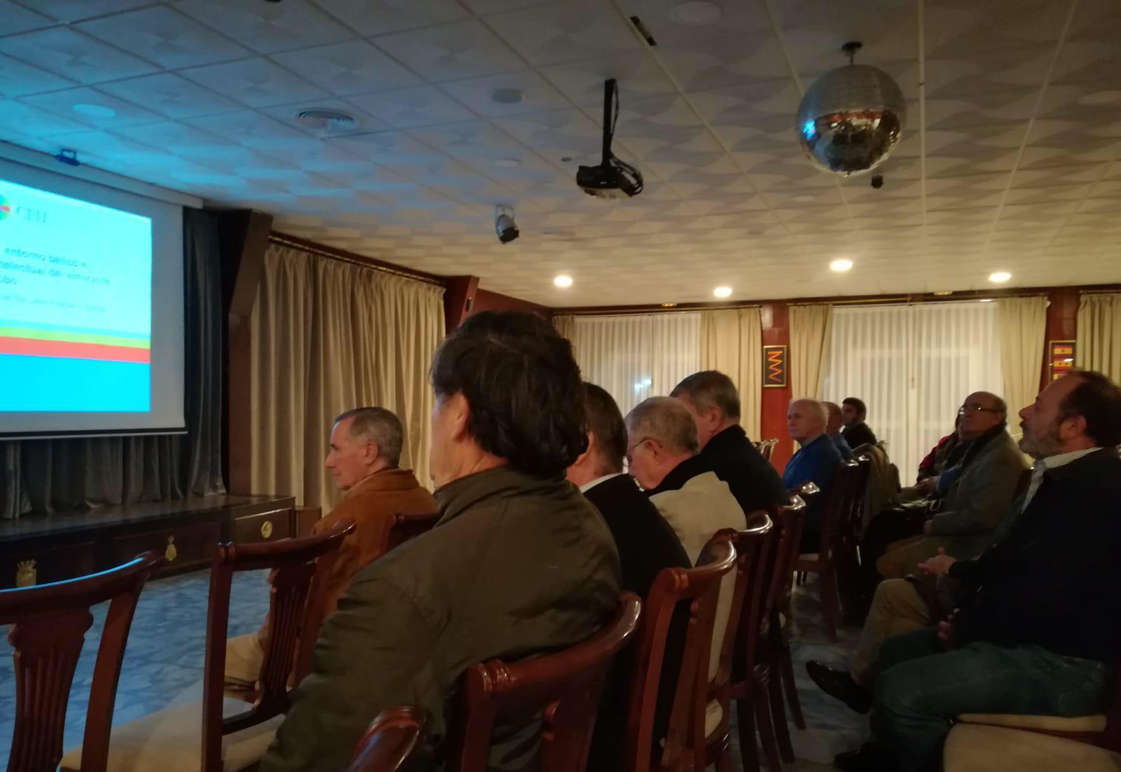conferencia-sanfernando-publico