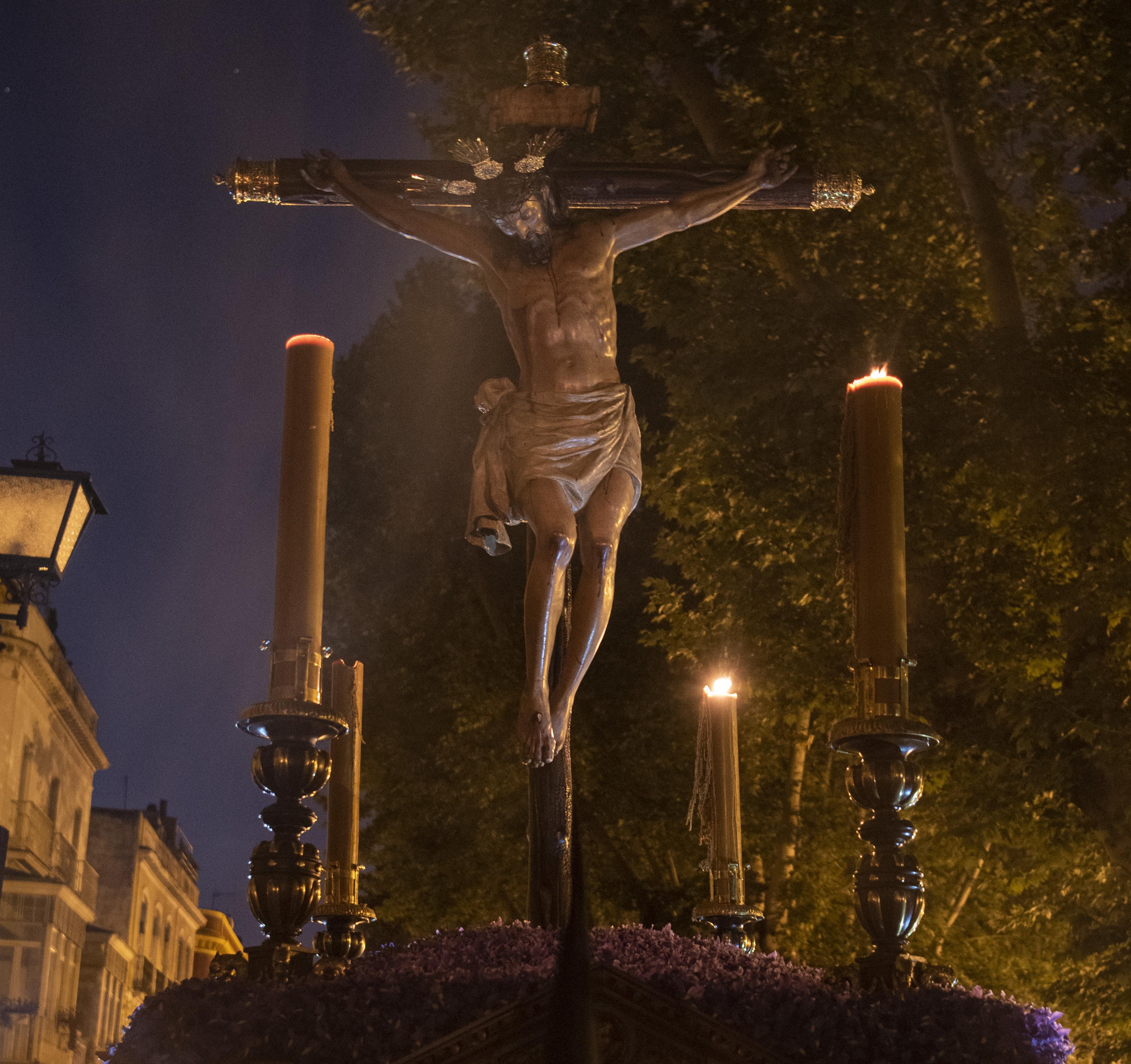 Hermandad del Cristo de Burgos. Fotografía: Domingo Pozo